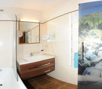 Hotel Unterellmau Badezimmer