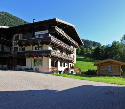 Sommeraufnahme Hotel Unterellmau