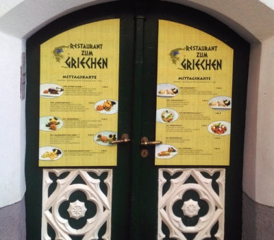 Eingang Restaurant zum Griechen
